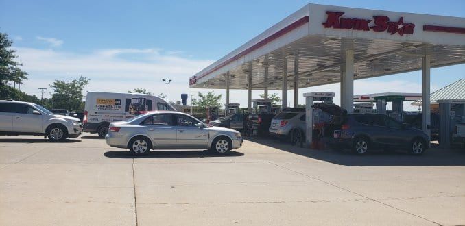Linn County Residents Travel to Manchester for Gas & Supplies – Mix 94.7 KMCH