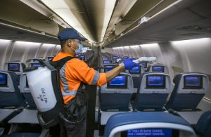 Delta, United work on safe travel