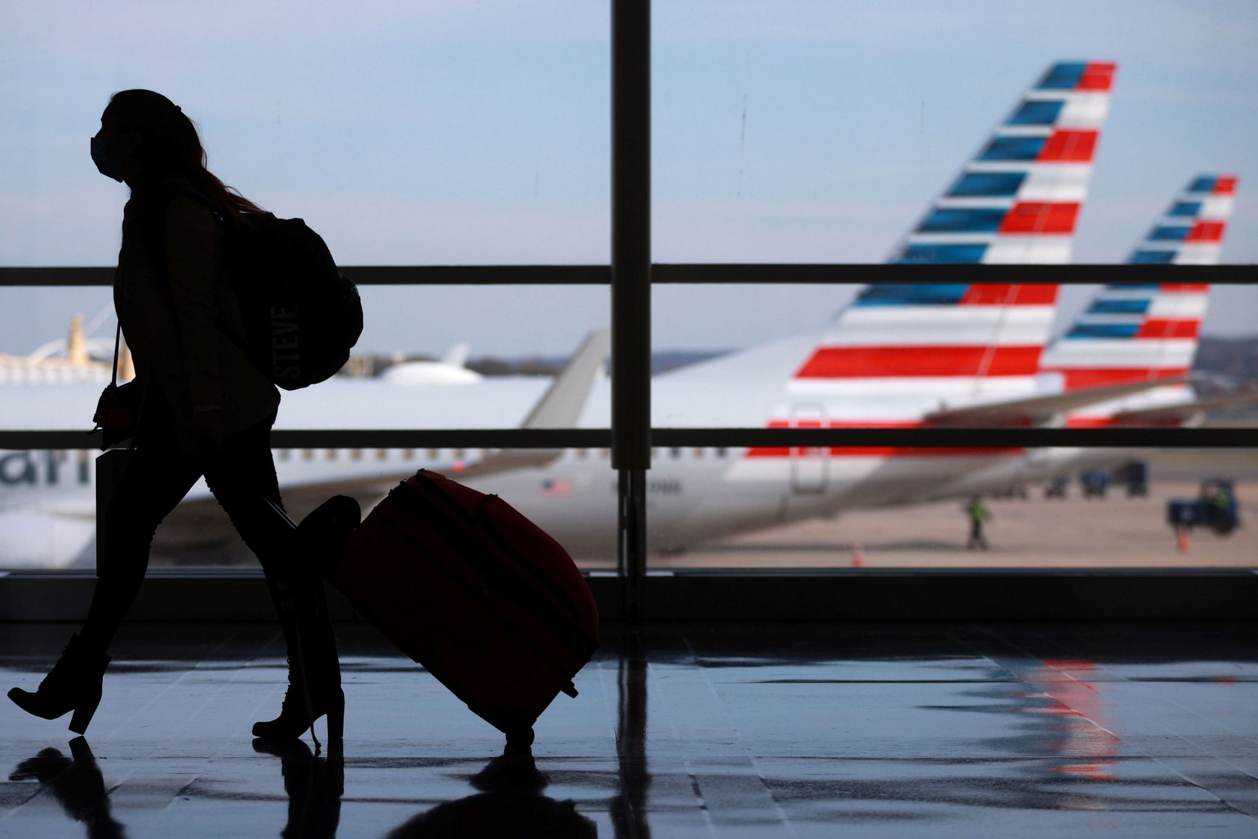 American Airlines offers $129 at-home Covid tests for U.S. travel
